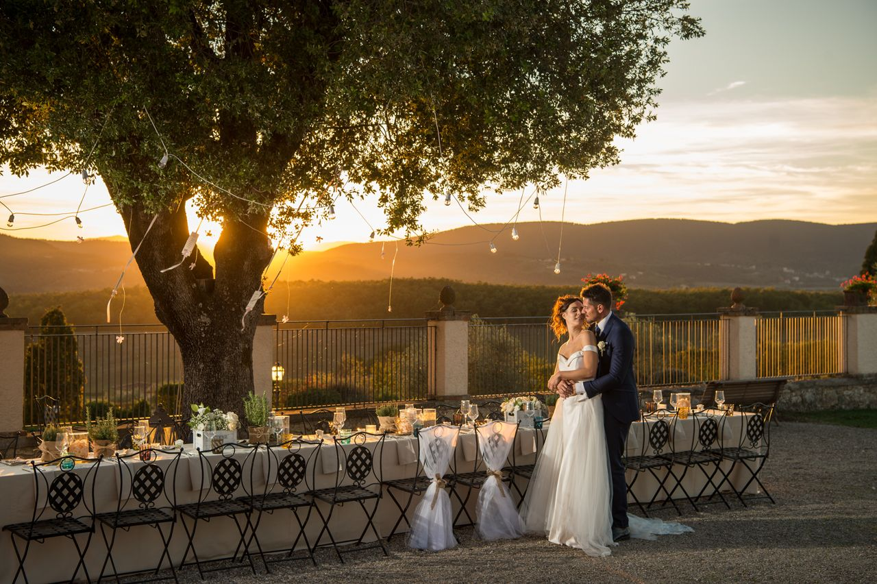 Matrimonio In Un Borgo Toscana : Matrimonio in un borgo nabis wedding photographer
