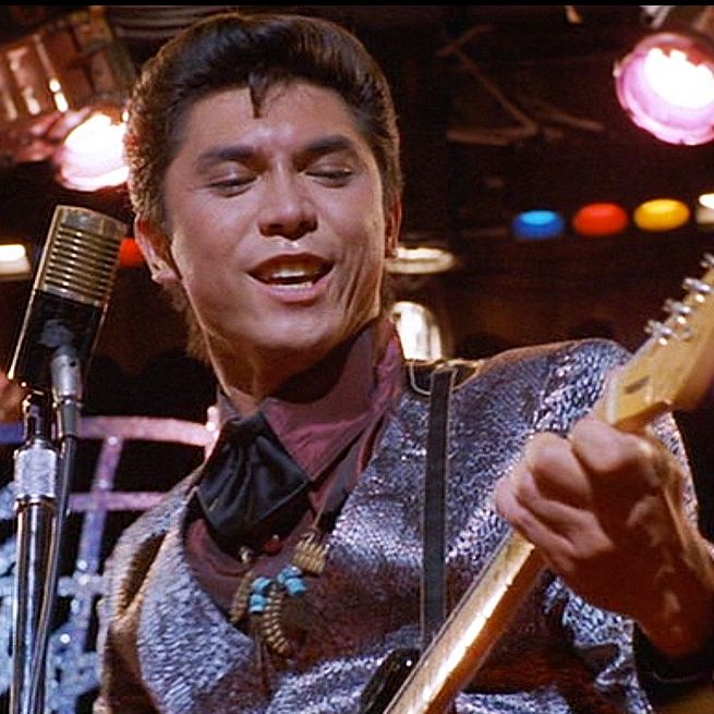 La Bamba Lou Diamond Phillips plays Chicano musician Ritchie Valens, who also perished on the same airplane crash that took the life of Buddy Holly. La Bamba follows the typical biopic mold, charting Valens's meteoric rise as a teenage rock and roll star.
