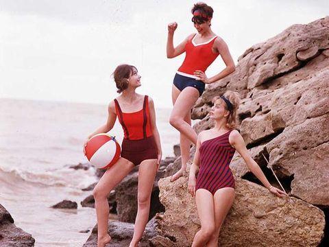 Leg, Fun, Human body, Summer, People in nature, Ball, Swimwear, Bedrock, Playing sports, Vacation,