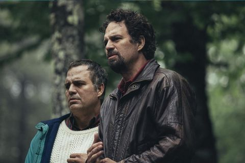 mark ruffalo interpreta a dos gemelos en la serie la innegable verdad