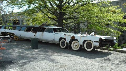 limusina 'american dream' abandonada