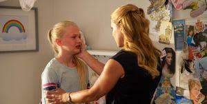Alicia Leight Willis y Sarah Abbott en 'La princesa de mamá'