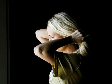 Hair, Shoulder, Beauty, Blond, Skin, Arm, Hairstyle, Joint, Eye, Hand,