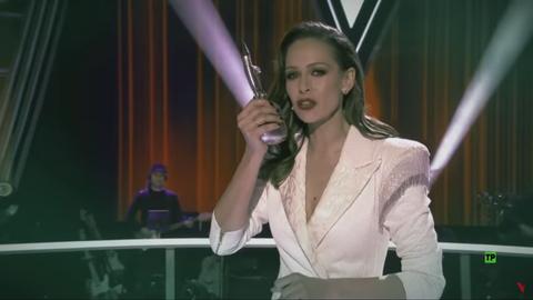 Eva González en la batalla final de la voz de antena 3