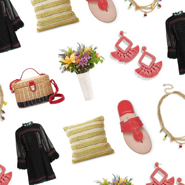 Textile, Bag, Luggage and bags, Creative arts, Needlework, Shoulder bag, Home accessories, Craft, Baggage, Floral design,