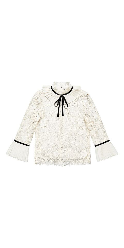 Clothing, White, Sleeve, Collar, Outerwear, Blouse, Beige, Top, Bolero jacket, T-shirt,