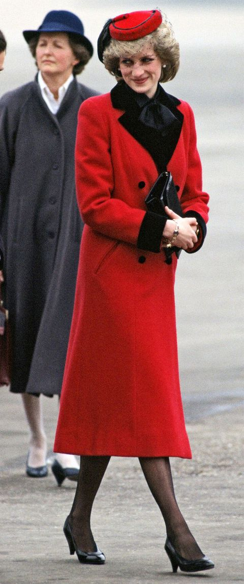 Kate Middleton With Red And Black Outfit