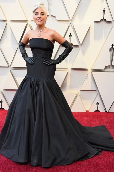 Lady Gaga oSCARS RED CARPET 2019