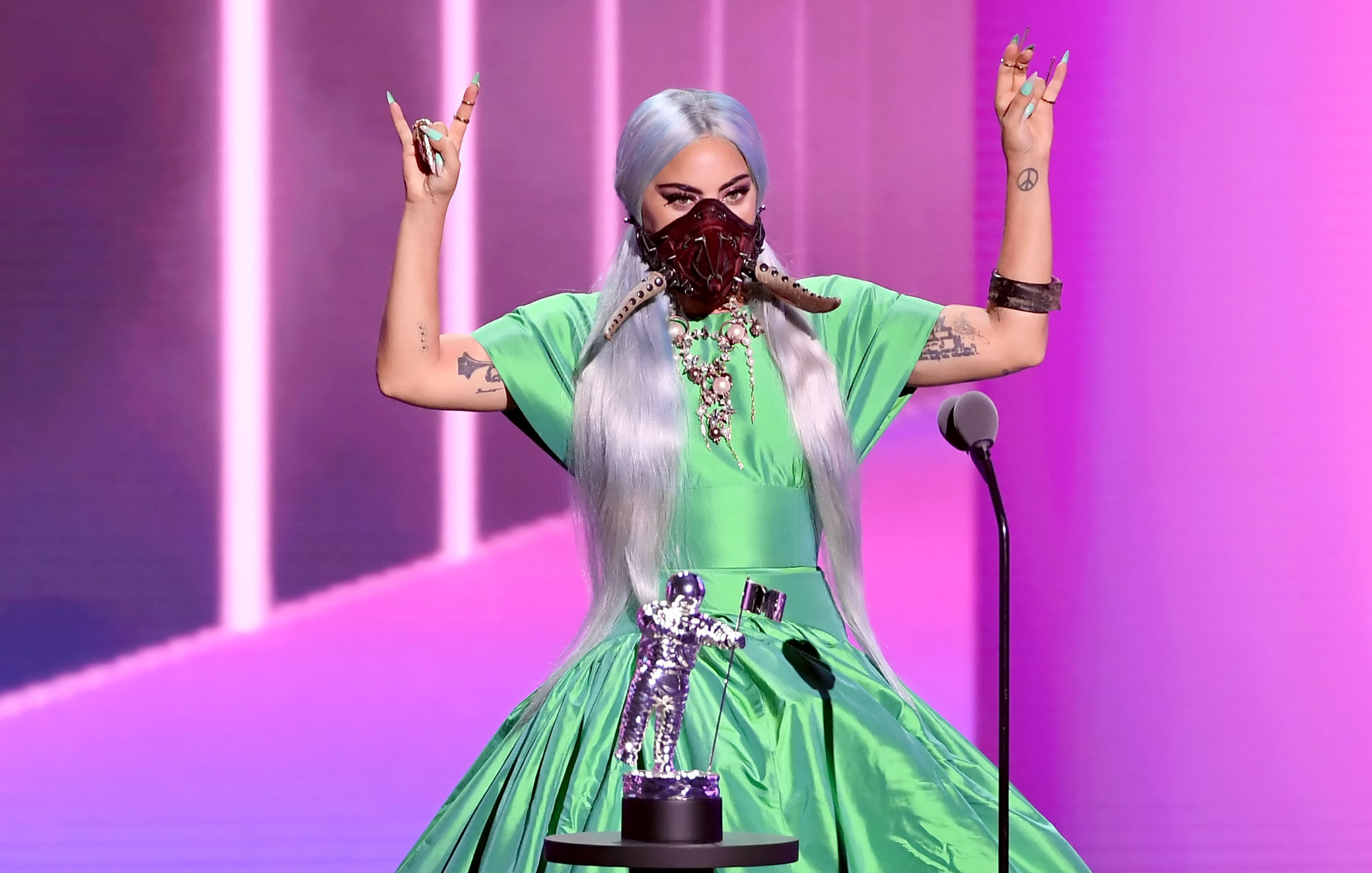 https://hips.hearstapps.com/hmg-prod.s3.amazonaws.com/images/lady-gaga-accepts-the-song-of-the-year-award-for-rain-on-me-news-photo-1598837789.jpg