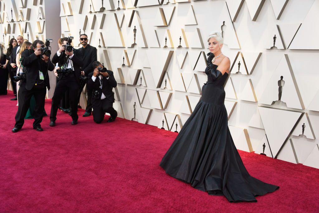 All Oscars 2019 Red Carpet Celebrity Dresses   Looks - Celebrities ... 0da49c68a