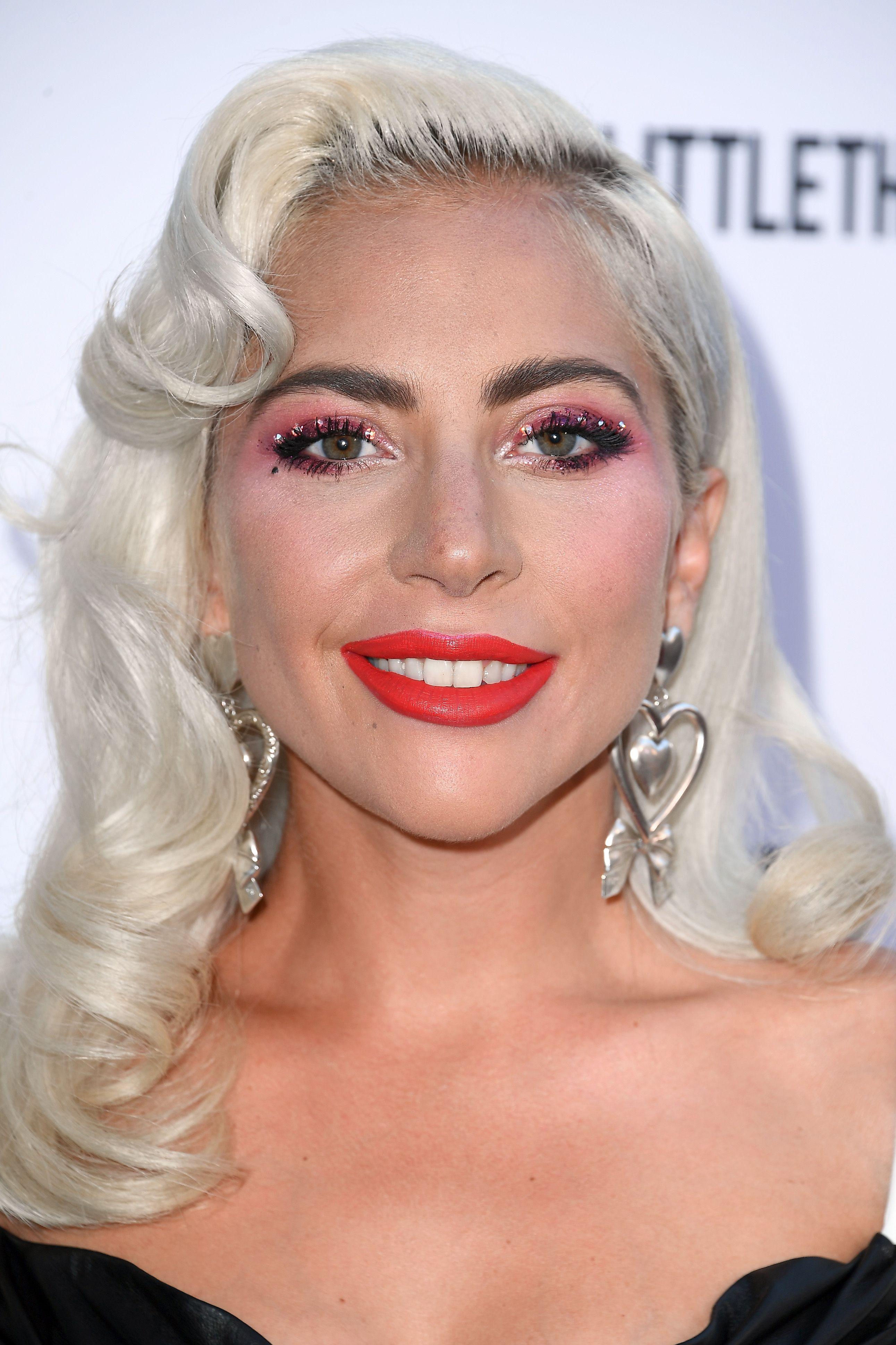 Lady Gaga - Cute Blonde Hair Color Ideas