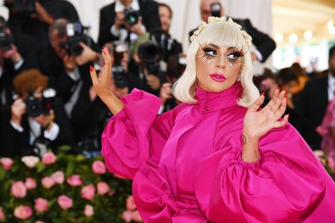 Lady Gaga 推出新彩妝品牌 Haus Laboratories