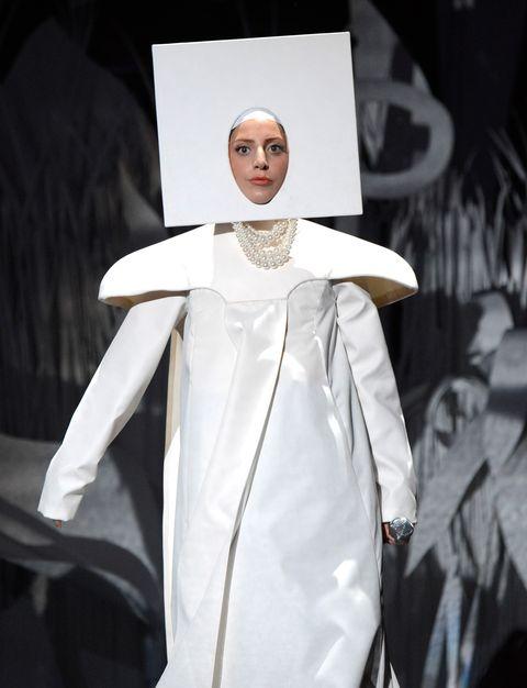 lady gaga at the 2013 vmas