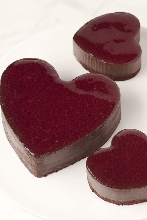 lady m's heart cake - valentines day restaurant specials
