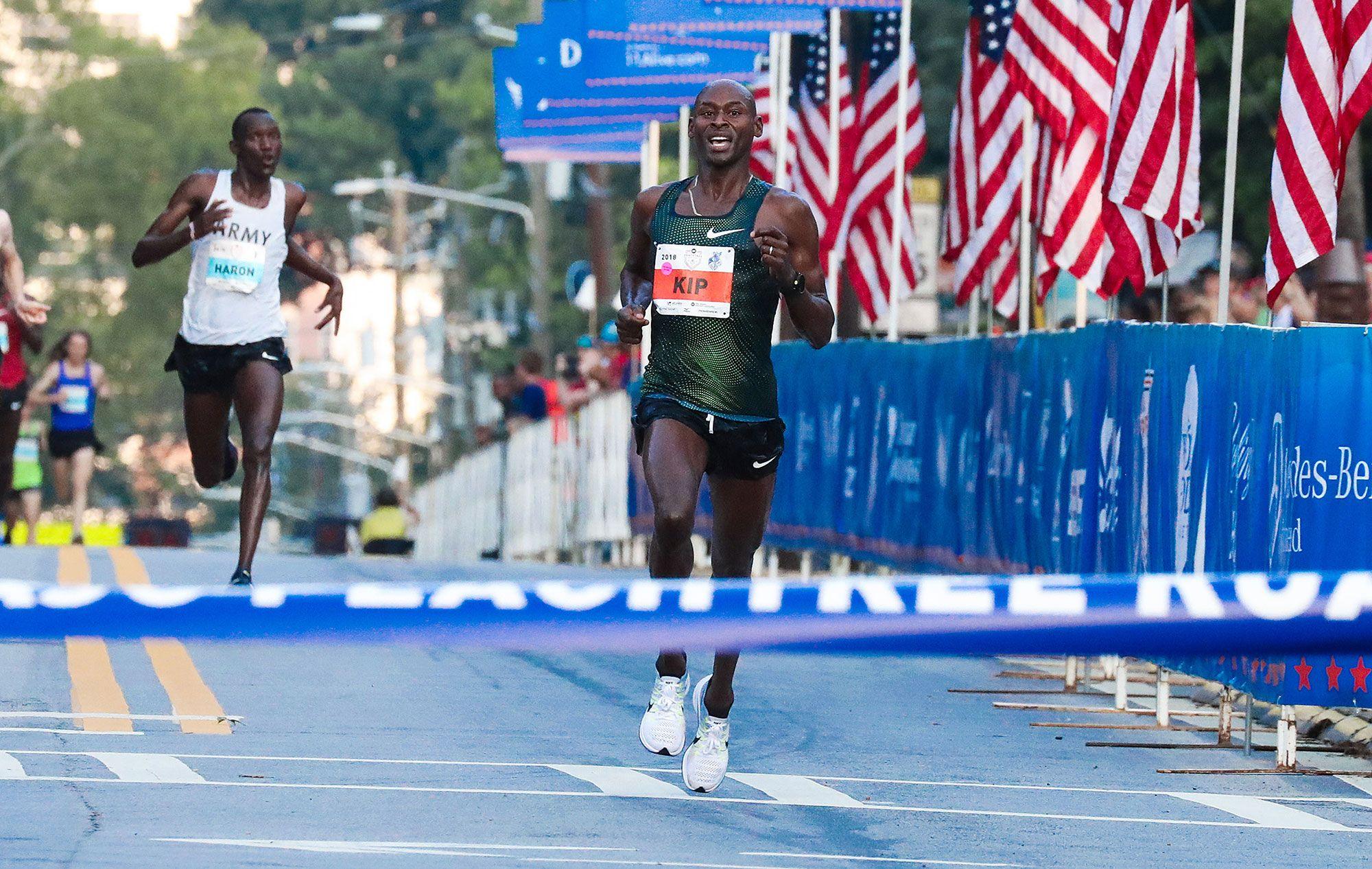 9dd827e33b Here s Who s Running the 2018 New York City Marathon