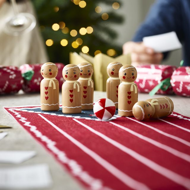 lakeland christmas picks