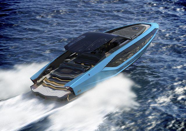 Water transportation, Vehicle, Boat, Yacht, Luxury yacht, Speedboat, Boating, F1 Powerboat Racing, Watercraft, Recreation,