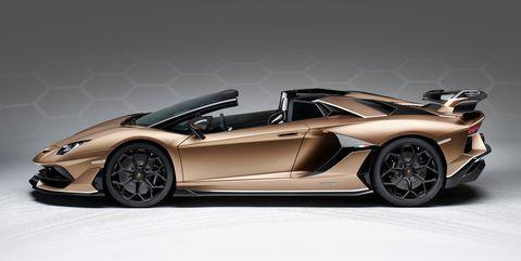Land vehicle, Vehicle, Car, Supercar, Automotive design, Sports car, Lamborghini aventador, Lamborghini, Wheel, Automotive exterior,