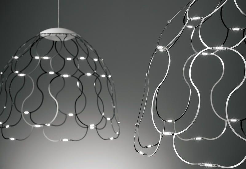 Lampade A Sospensione Design : Lampade a sospensione che sembrano nuvole metalliche