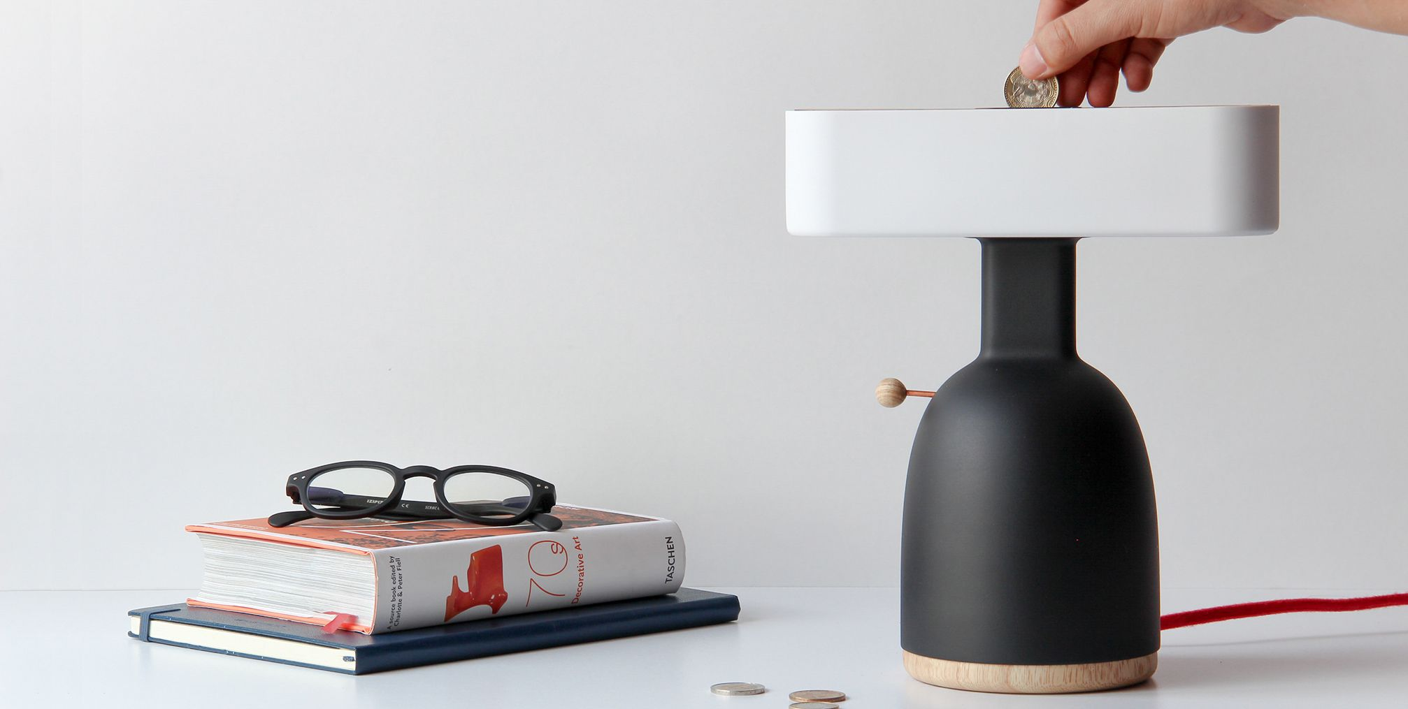 Dina Lamp de MOAK Studio