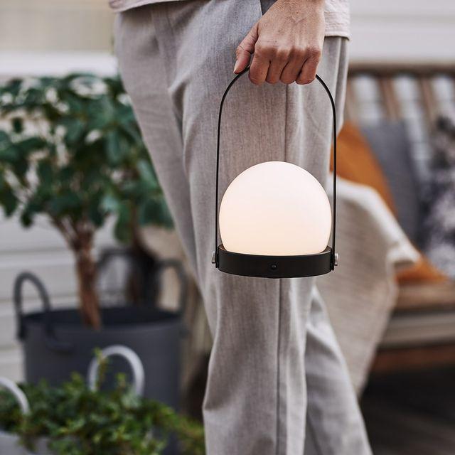 lámpara de mesa portátil tipo cesta