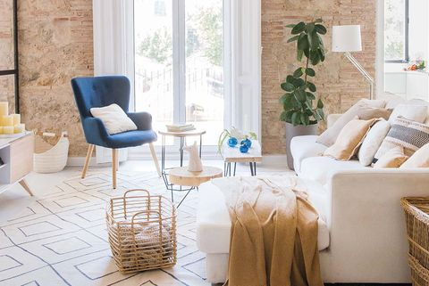 Un apartamento en valencia con paredes de ladrillo