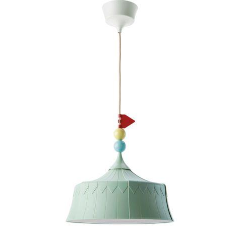 Lámpara que imita una carpa de circo. Modelo Trollbo, de Ikea.