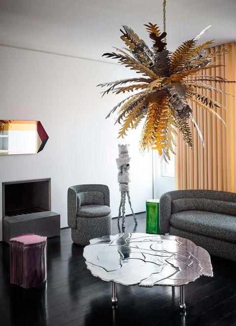 Lámpara de techo dorada tropical