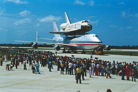 Crowd Watching Preparation for Columbia Takeoff