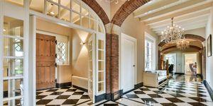Binnenkijken bij dure villa
