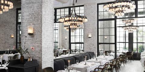 Tablecloth, Interior design, Room, Glass, Ceiling fixture, Light fixture, Ceiling, Furniture, Restaurant, Interior design,