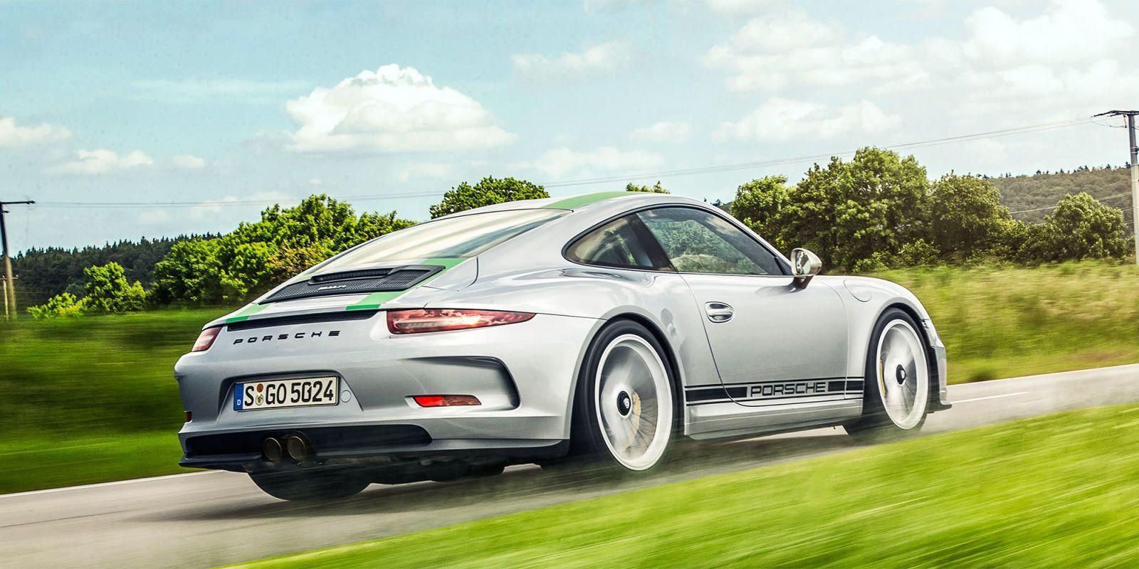 Listen to a Porsche 911 R Accelerate to 180 MPH