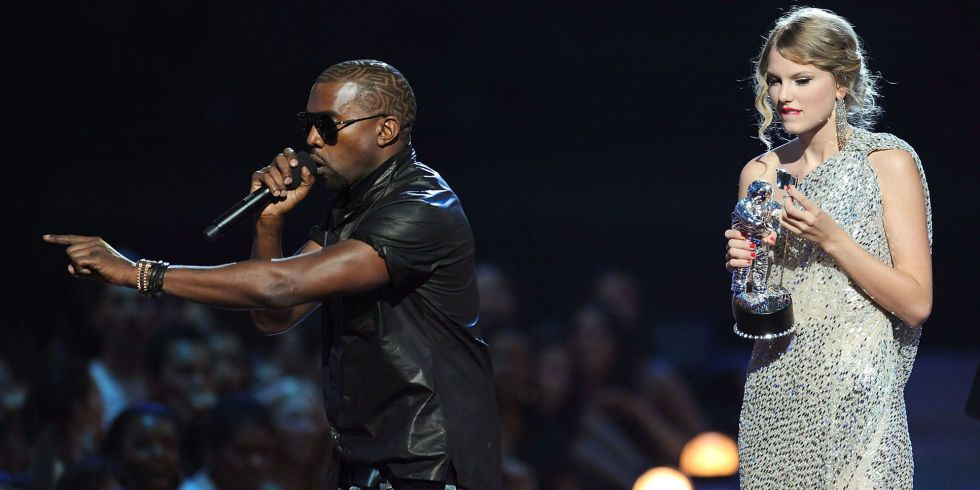 """Kanye West Made His Nashville Audience Scream the Taylor Swift Line from """"Famous"""""""