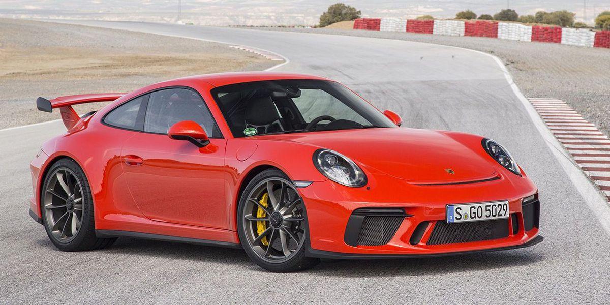 Listen To The 2018 Porsche 911 GT3's Screaming Engine