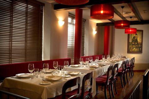 Restaurant, Room, Building, Function hall, Interior design, Table, Business, Organization, Banquet, Diner,