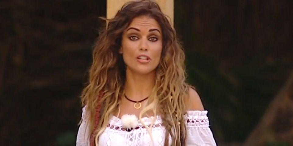 Lara Álvarez les echa la bronca a los concursantes de 'Supervivientes' ante las acusaciones de tongo