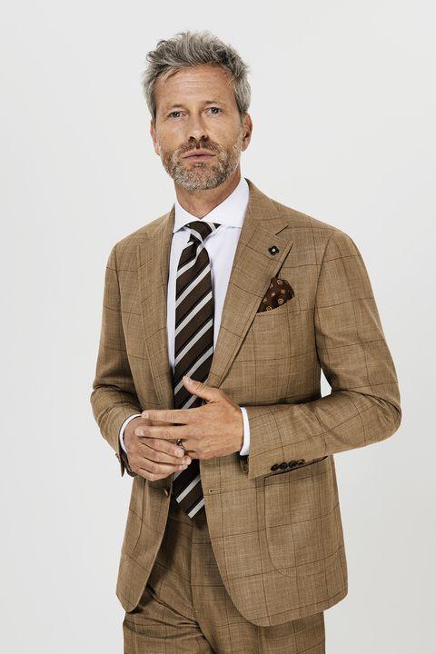La tendenze della moda uomo della primavera estate 2019 puntano ai ... f06afca4bf2