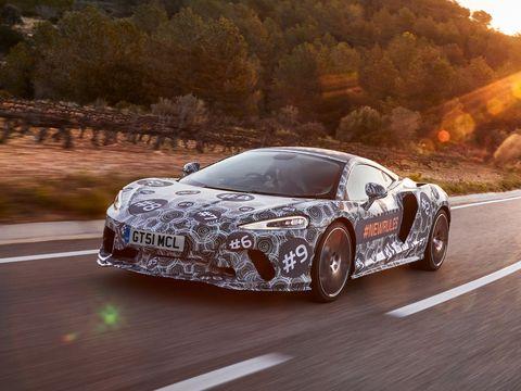 Land vehicle, Vehicle, Car, Supercar, Automotive design, Sports car, Coupé, Performance car, Race car, Automotive exterior,