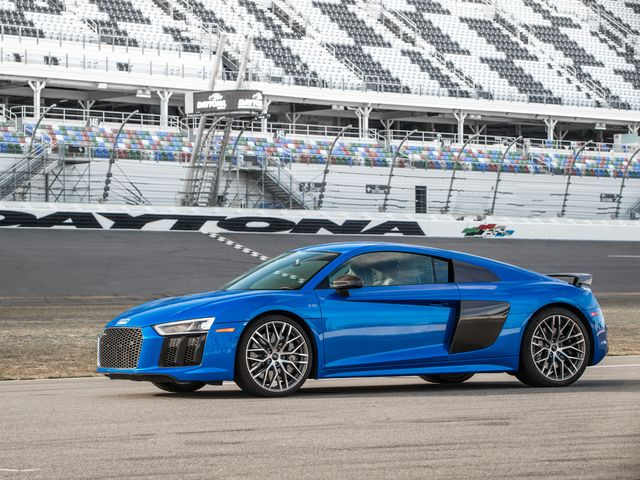 Audi European Delivery >> 2018 Audi R8 Review Pricing And Specs