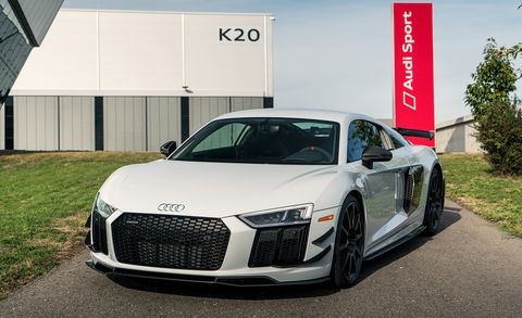 Audi R8 Compeion Package