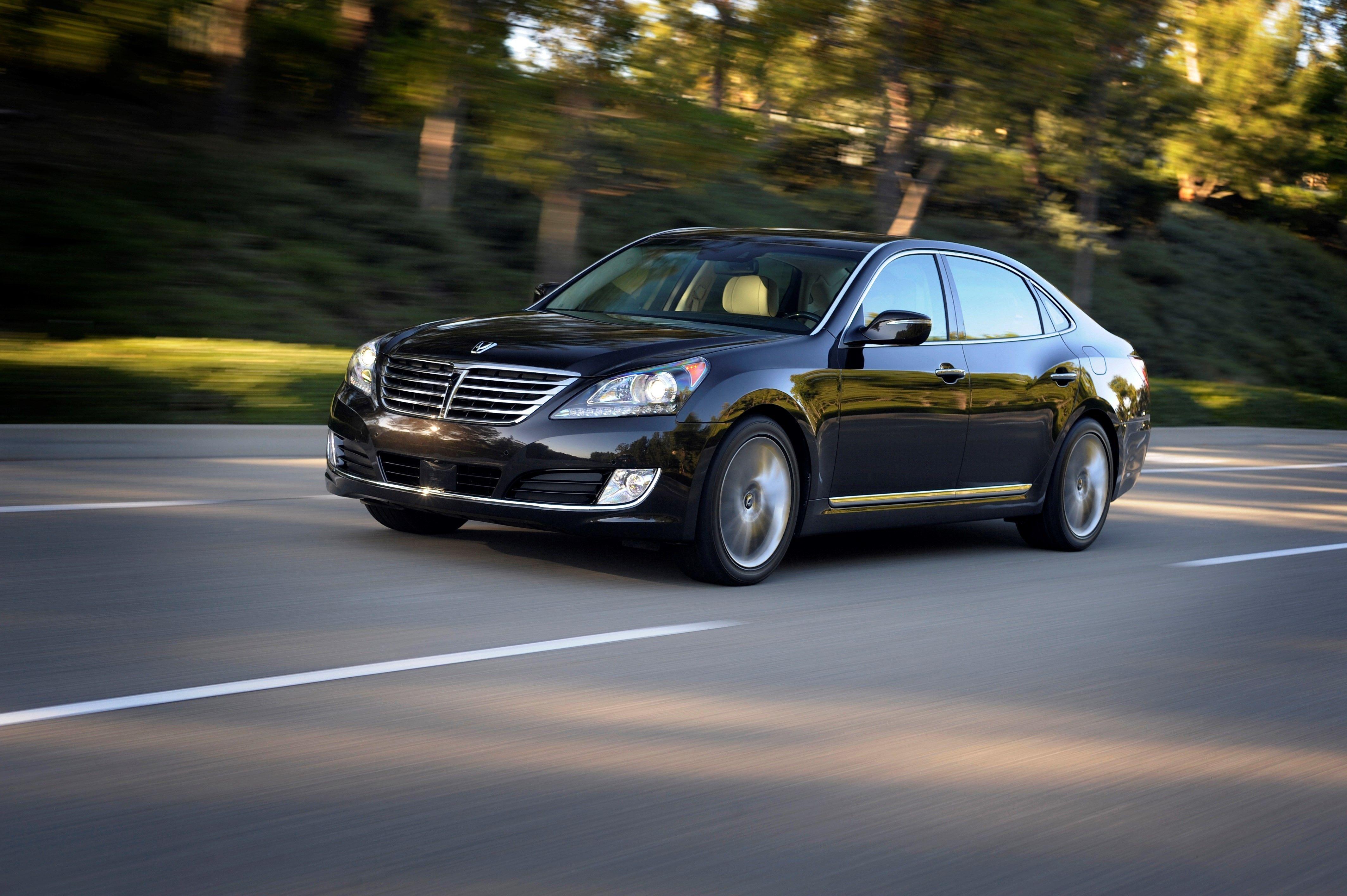 Hyundai Equus Review, Pricing and Specs
