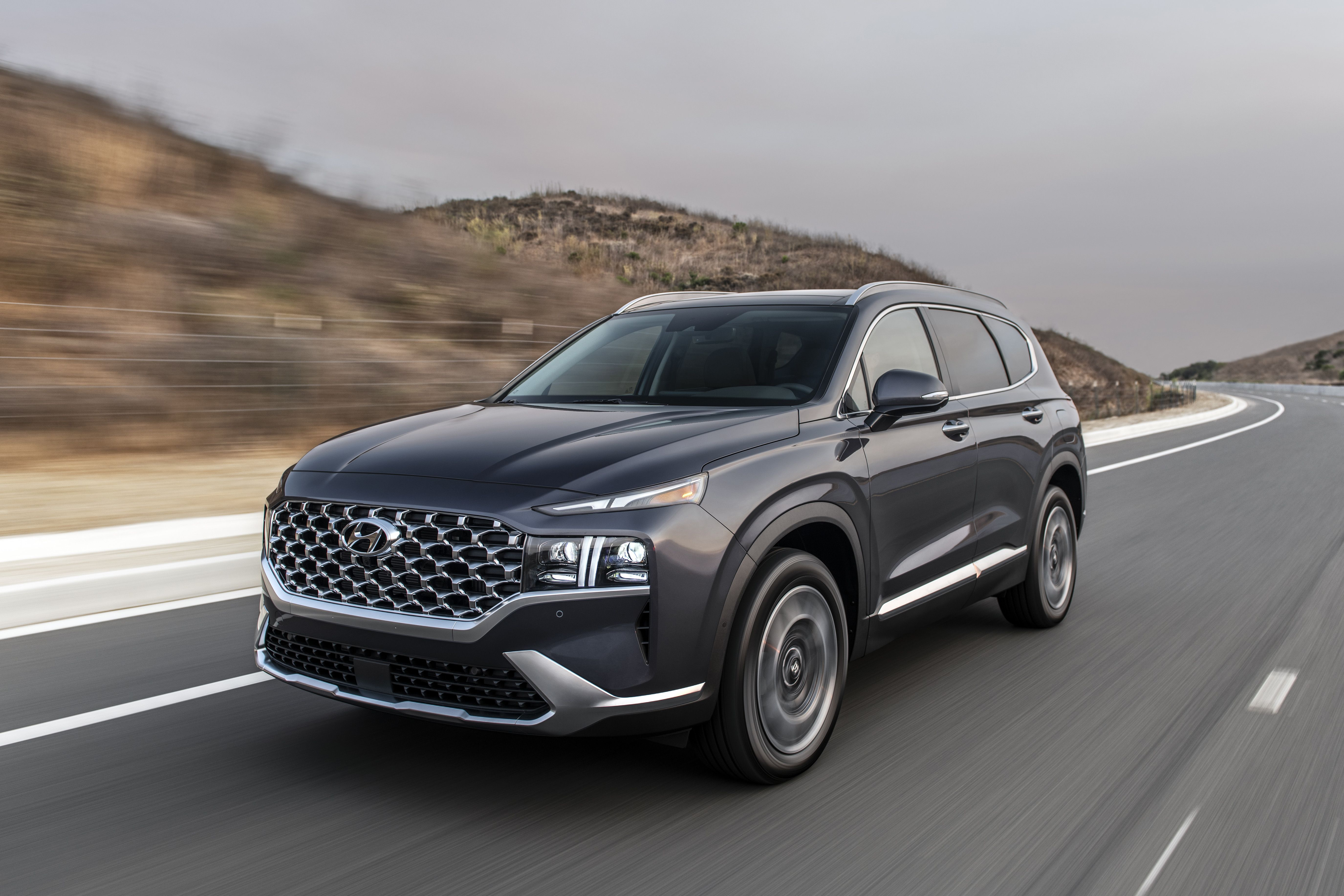 Hyundai Santa Fe Gets A New Look And New Engines For 2021