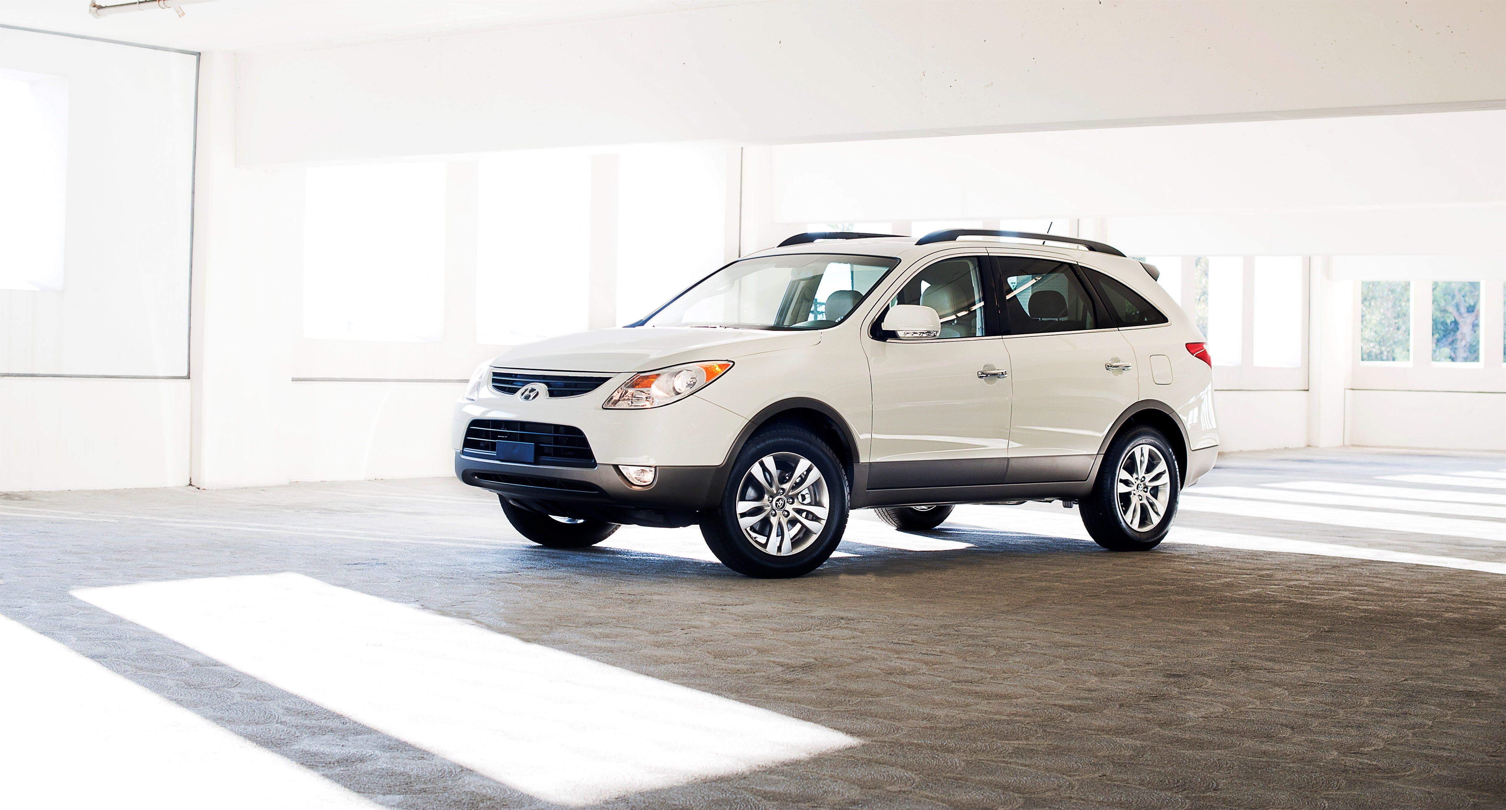 Hyundai Veracruz Review, Pricing and Specs