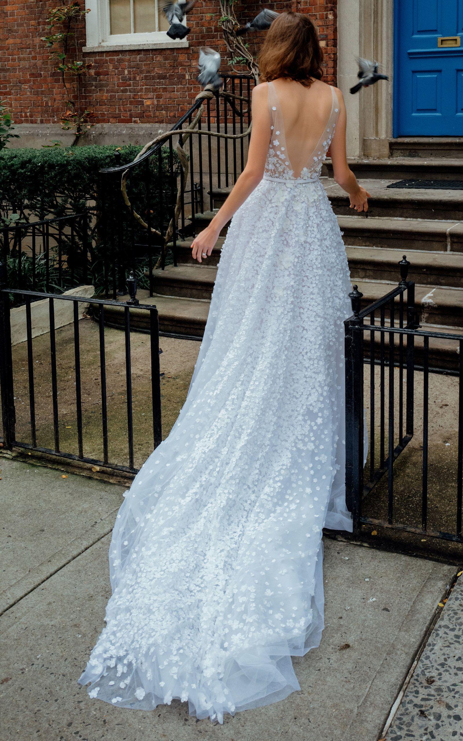 ba98217638a9 70 Best Bohemian Wedding Dresses - Boho Wedding Dress Ideas for Hippie  Brides
