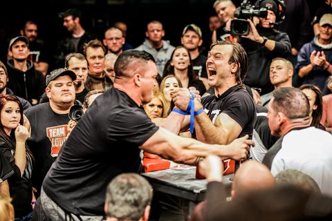 Laratt arm wrestler