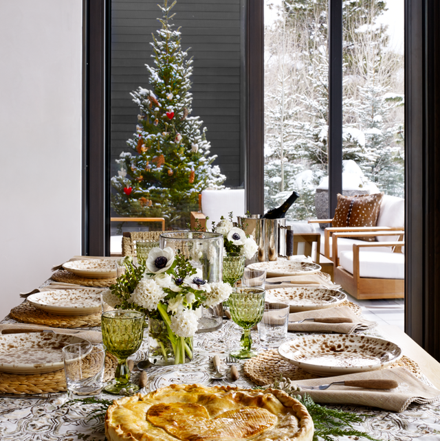 21 Best Christmas Centerpieces Beautiful Holiday Table Decor