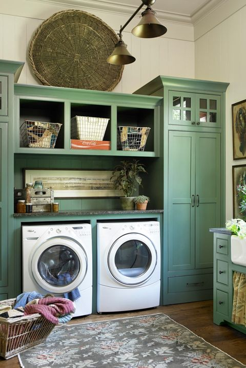 Laundry room, Room, Furniture, Laundry, Floor, Interior design, Shelf, Property, Cabinetry, Washing machine,