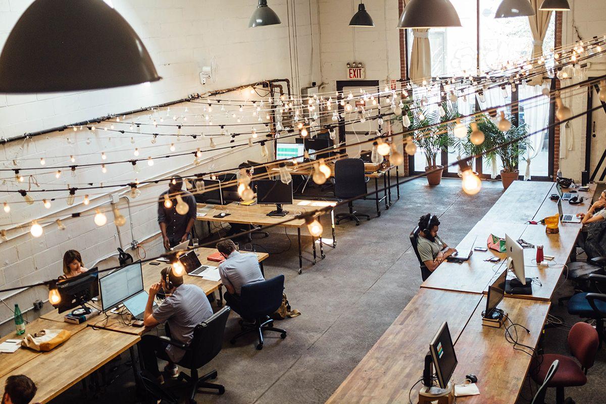 Lo Space Senza Pareti open space: pro e contro di lavorare in un ufficio senza pareti