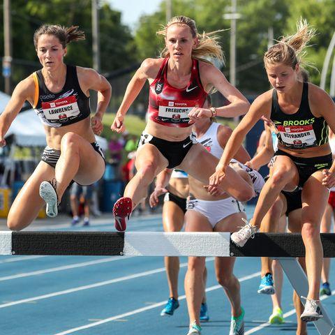 Sports, Athlete, Athletics, Track and field athletics, Running, Recreation, Individual sports, Outdoor recreation, Heptathlon, Sprint,