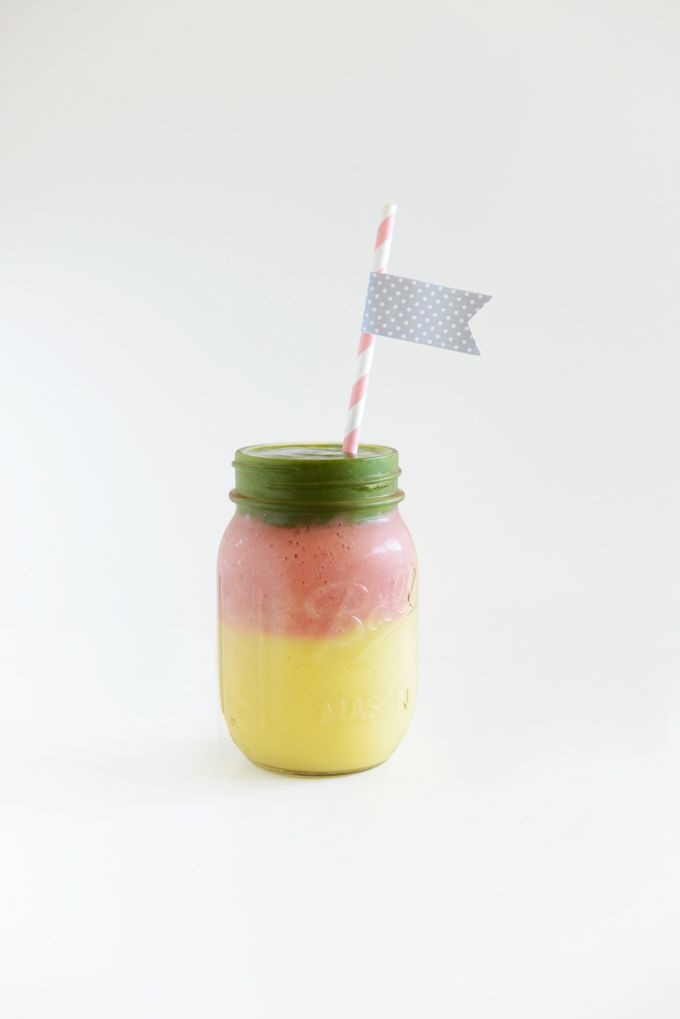 Stoplight Mango Green Smoothie Perfect for brunch parties and fueling up with friends, this nutrient-packed smoothie is as easy on the tastebuds as it is on the eyes. Get the recipe Per serving: 289 calories, 4 g fat (1 g saturated), 65 g carbs, 52 g sugar, 81 mg sodium, 10 g fiber, 6 g protein